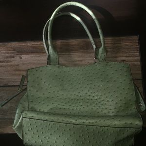 Bueno Bags - Mint Purse With Brown Lining